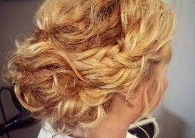 Natural Curl Bride by Jesslyn